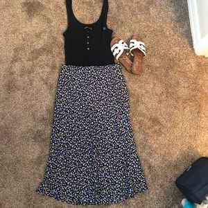 Abercrombie & Fitch navy blue floral skirt